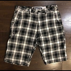 Triple Five Soul - T5S Checkered Shorts 32W EUC